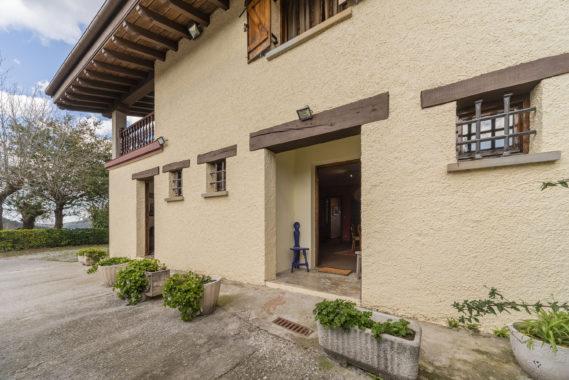 Vendo villa con tierras ref25-29