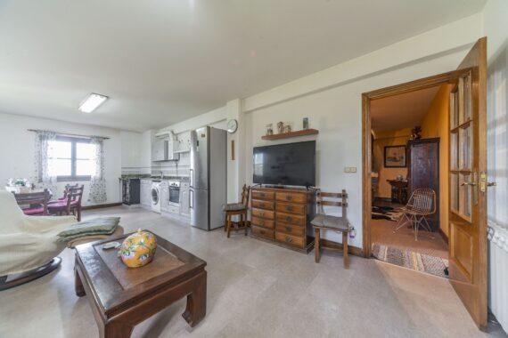 Vendo villa con tierras ref25-9