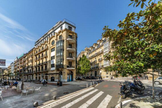 Piso en el centro Donostia edificio hormigon – 19